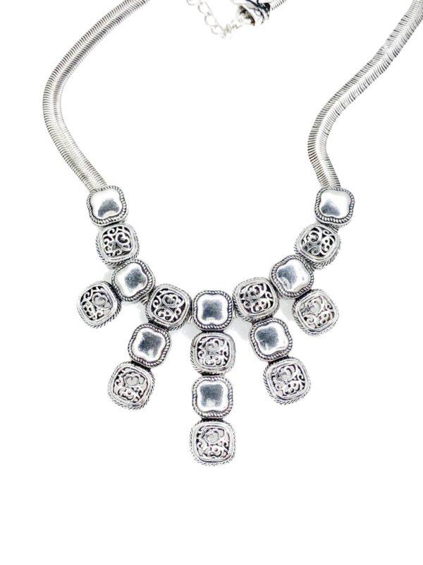 02586 Metal Necklace