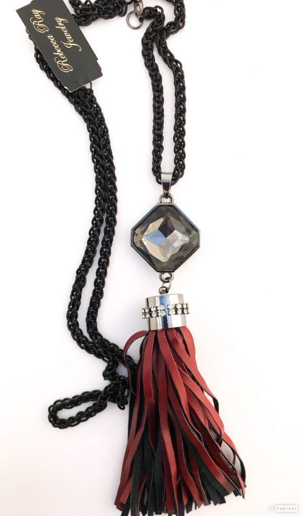 02592 Leather Tassel Necklace