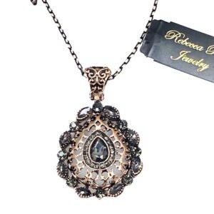 03137 Vintage Necklace