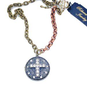 RR1908 Cross Necklace